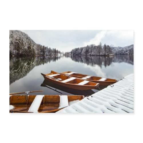 Schnee und der See - Poster 90x60 cm