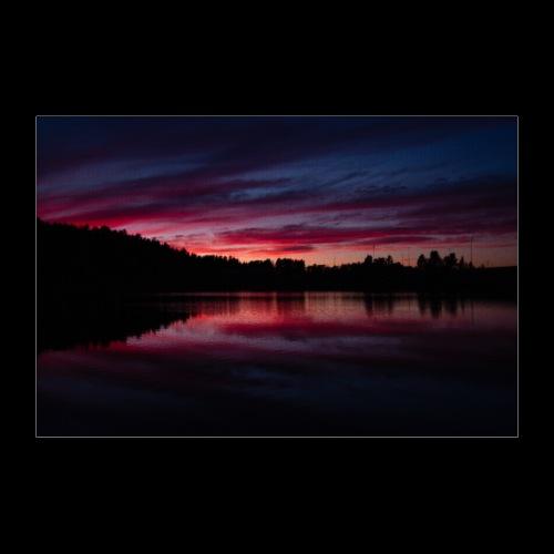 Verenpunainen auringonlasku - Juliste 30x20 cm