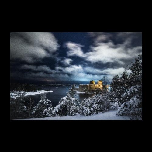 Myrskyinen Olavinlinna talvella - Juliste 60x40 cm