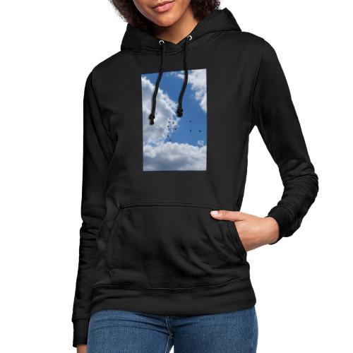 Vögel im Himmel - Frauen Hoodie