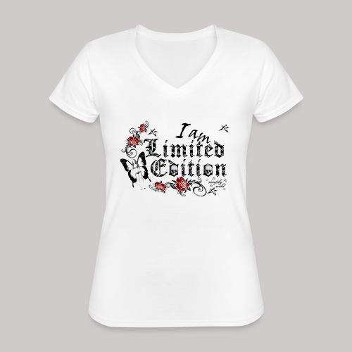 simply wild limited Edition on white - Klassisches Frauen-T-Shirt mit V-Ausschnitt