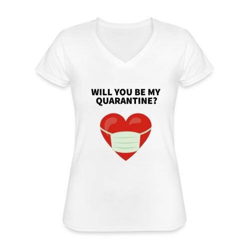 Herz mit Mundschutz und Schriftzug - Klassisches Frauen-T-Shirt mit V-Ausschnitt