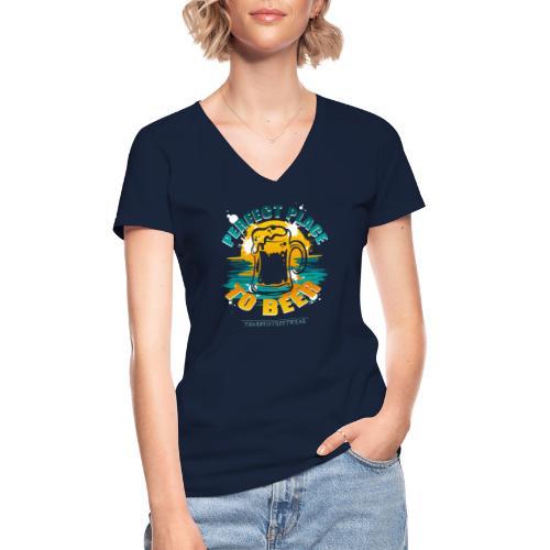 a perfect place to beer - Klassisches Frauen-T-Shirt mit V-Ausschnitt