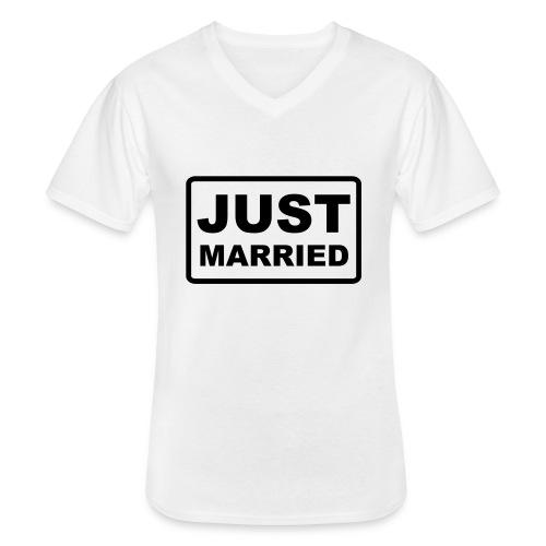 Just Married - Klassisches Männer-T-Shirt mit V-Ausschnitt