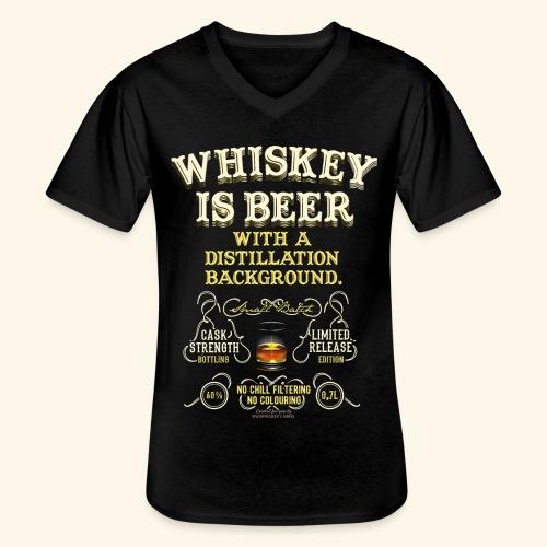 Whiskey Is Beer - Klassisches Männer-T-Shirt mit V-Ausschnitt