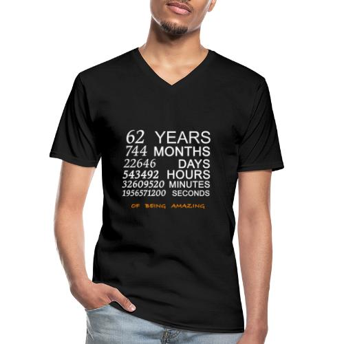 Anniversaire 62 years 744 months of being amazing - T-shirt classique col V Homme