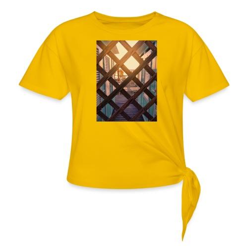 Beach - Women's Knotted T-Shirt