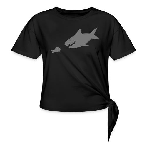 Kleiner Fisch + Hai / dunkler Hintergrund - Knotenshirt