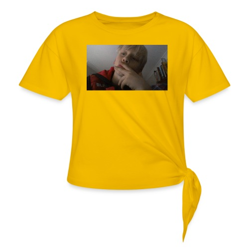 Henrymccutcheon picture merch - Knotted T-Shirt