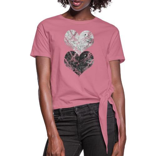 hearts - Women's Knotted T-Shirt