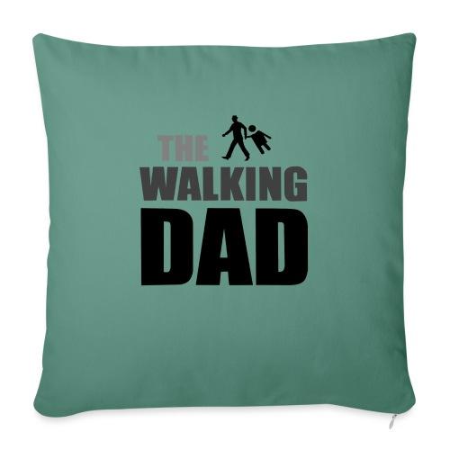 the walking dad auf dem Weg in die lustige Bar - Sofakissen mit Füllung 44 x 44 cm