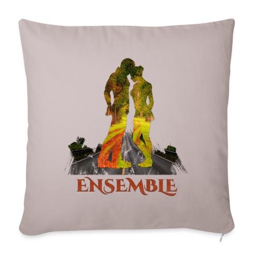 Ensemble -by- T-shirt chic et choc - Coussin et housse de 45 x 45 cm