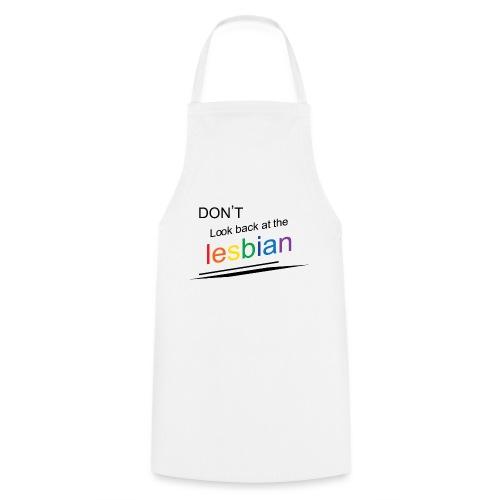 Don't look back at the lesbian - Esiliina