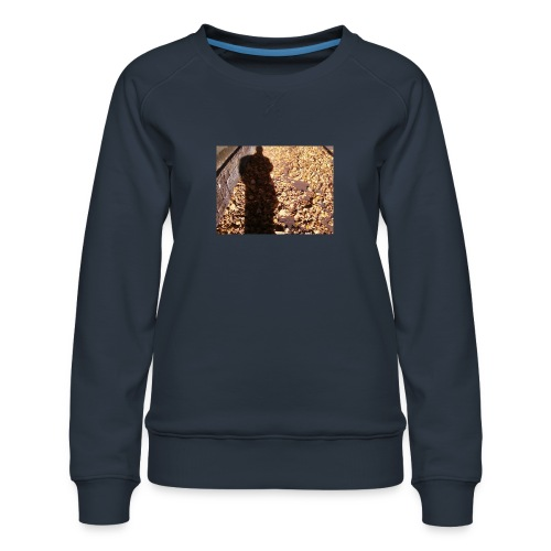 THE GREEN MAN IS MADE OF AUTUMN LEAVES - Women's Premium Sweatshirt