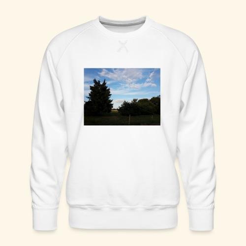Feld mit schönem Sommerhimmel - Männer Premium Pullover