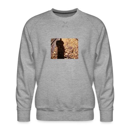 THE GREEN MAN IS MADE OF AUTUMN LEAVES - Men's Premium Sweatshirt
