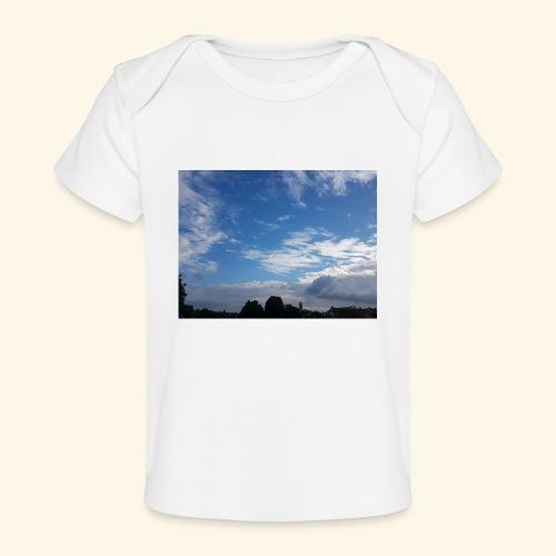 himmlisches Wolkenbild - Baby Bio-T-Shirt
