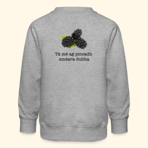 Picking blackberries - Kids' Premium Sweatshirt