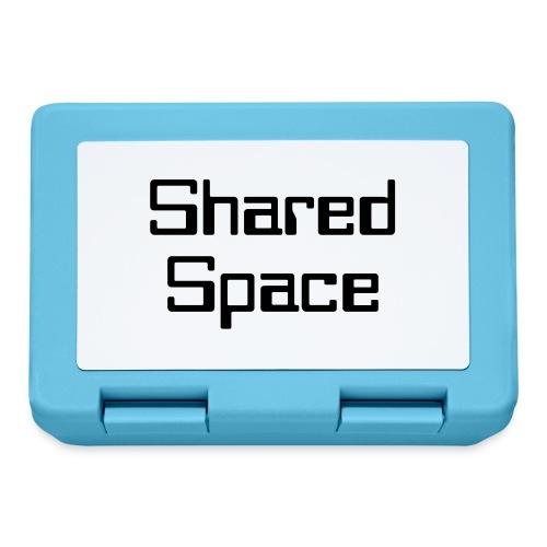 Shared Space - Brotdose