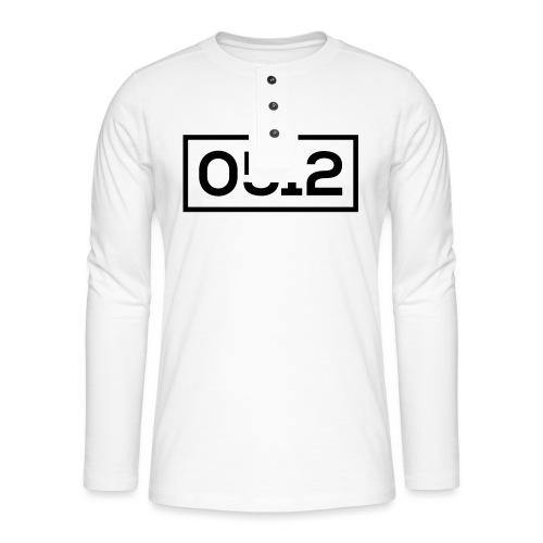 0512 - Henley shirt met lange mouwen