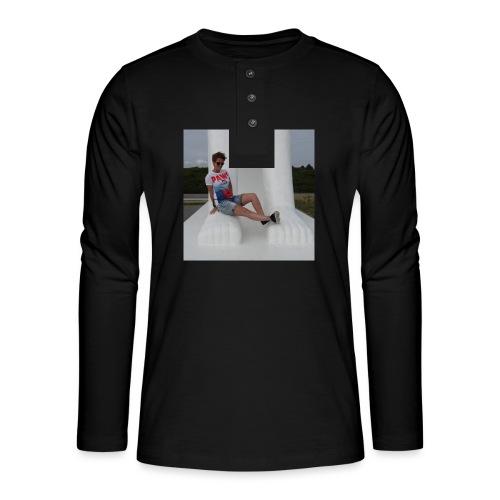 12049283 10206640709869223 2934414594838933878 n - Henley T-shirt med lange ærmer