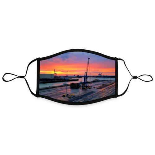 Abendliche Hafenidylle nach Sonnenuntergang Poster - Kontrastmaske, einstellbar (Large)