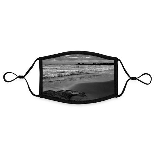 Steine Strand Meer Sizilien Schwarz Weiß Natur - Kontrastmaske, einstellbar (Small)