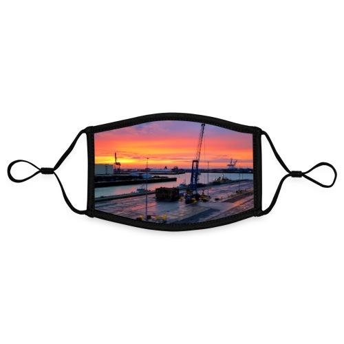 Abendliche Hafenidylle nach Sonnenuntergang Poster - Kontrastmaske, einstellbar (Small)