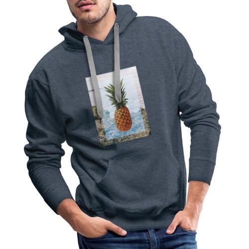 Alone wit pineapple - Männer Premium Hoodie