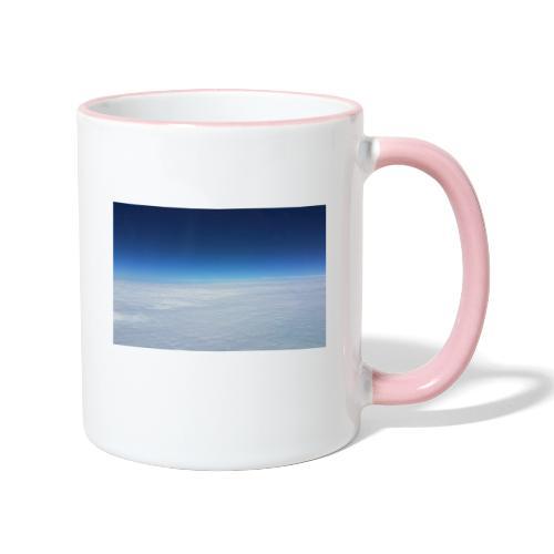 blauer Himmel, weiße Wolken - Flug über Australien - Tasse zweifarbig