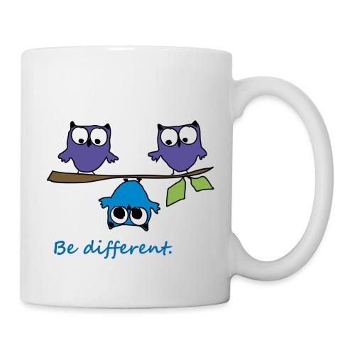 Vogel auf Ast - Be different - Tasse
