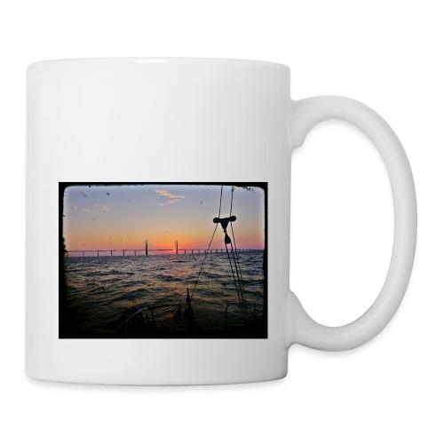 SV Argo - Öresund Bridge sunrise - Mug