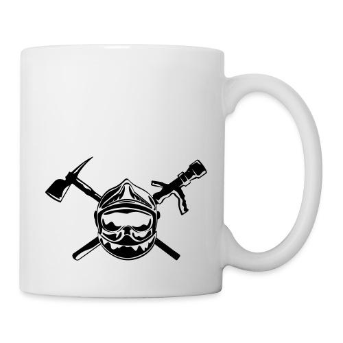 casque_pompier_hache et lance - Mug blanc