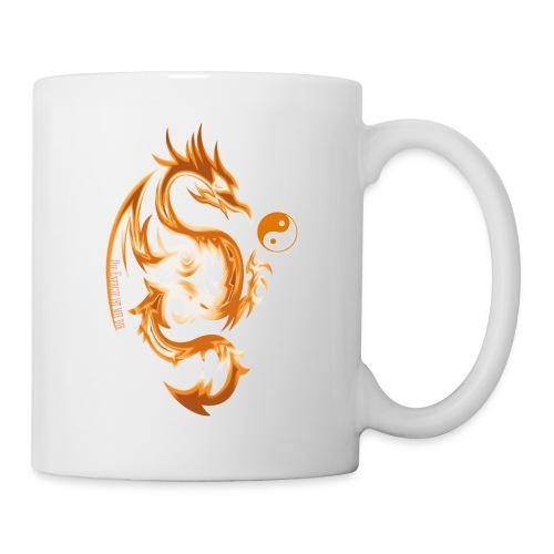 Der Drache spielt mit der Energie des Lebens. - Tasse