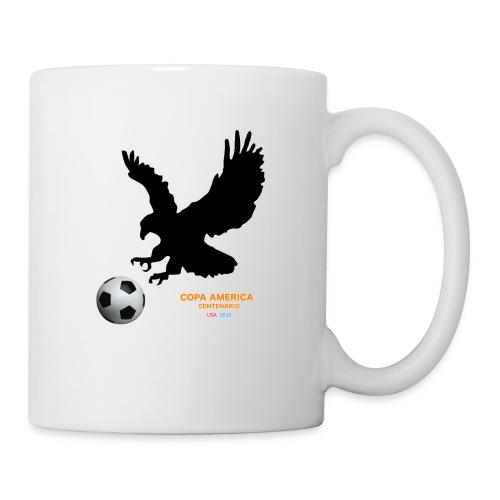 Aguila norteamericana con balón de fútbol - Taza