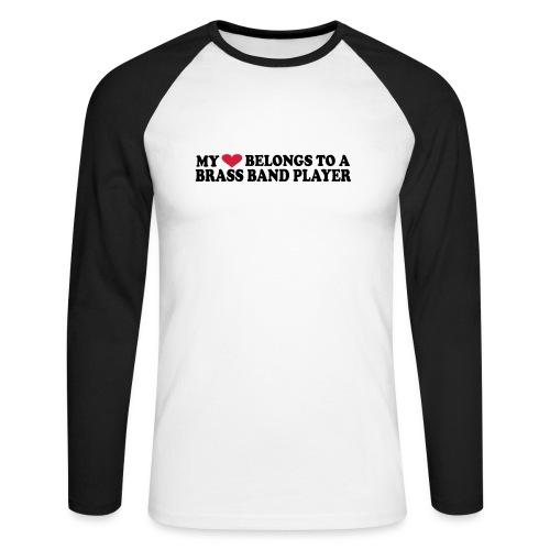 MY HEART BELONGS TO A BRASS BAND PLAYER - Langermet baseball-skjorte for menn