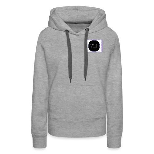 V11's first clothes - Premiumluvtröja dam