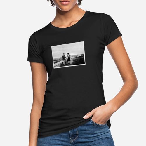 Verliebtes Paar auf Mauer sitzend | Vintage Shirt - Frauen Bio-T-Shirt