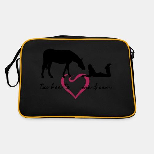 two hearts one dream liegendes Mädchen Pferd - Retro Tasche