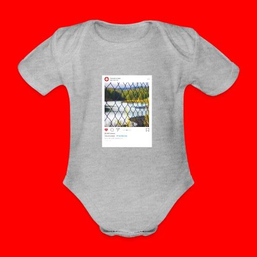 travelsuisse - Caumasee Zaun - Baby Bio-Kurzarm-Body