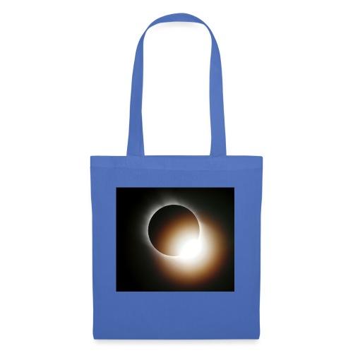 total solar eclipse 0808 - Tygväska