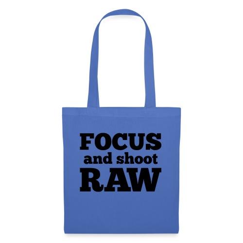 Focus and shoot RAW - Tas van stof