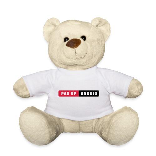 05 on white - Teddy