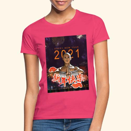 Gordon Liu som SanTe - Warrior Monk - Happy NewYear - Dame-T-shirt