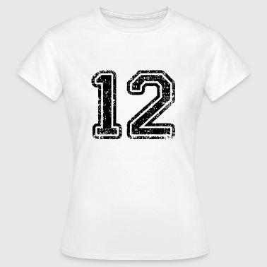 12 - T-shirt dam