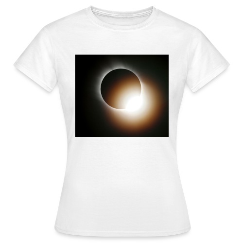 total solar eclipse 0808 - T-shirt dam
