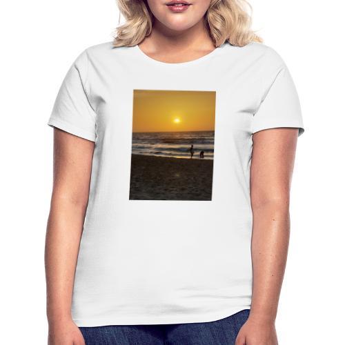 Strive for power - beach - Vrouwen T-shirt