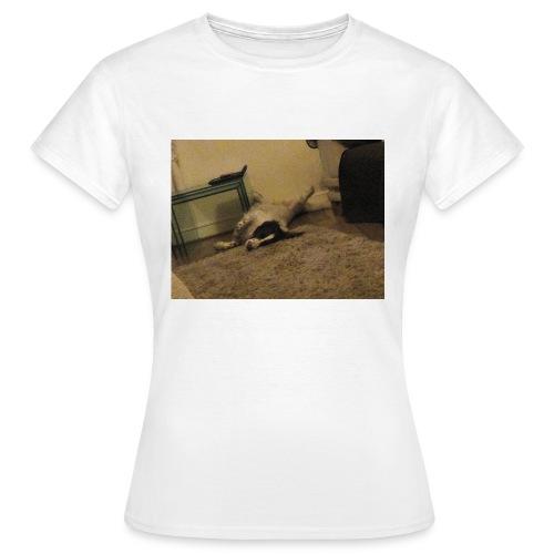 15426644559701660866070 - Women's T-Shirt