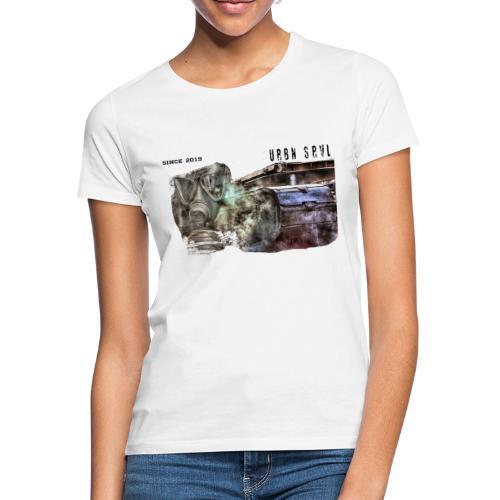 gas mask 2 black - Frauen T-Shirt