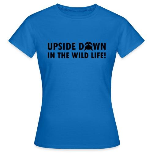 Upside Down Cat - Frauen T-Shirt